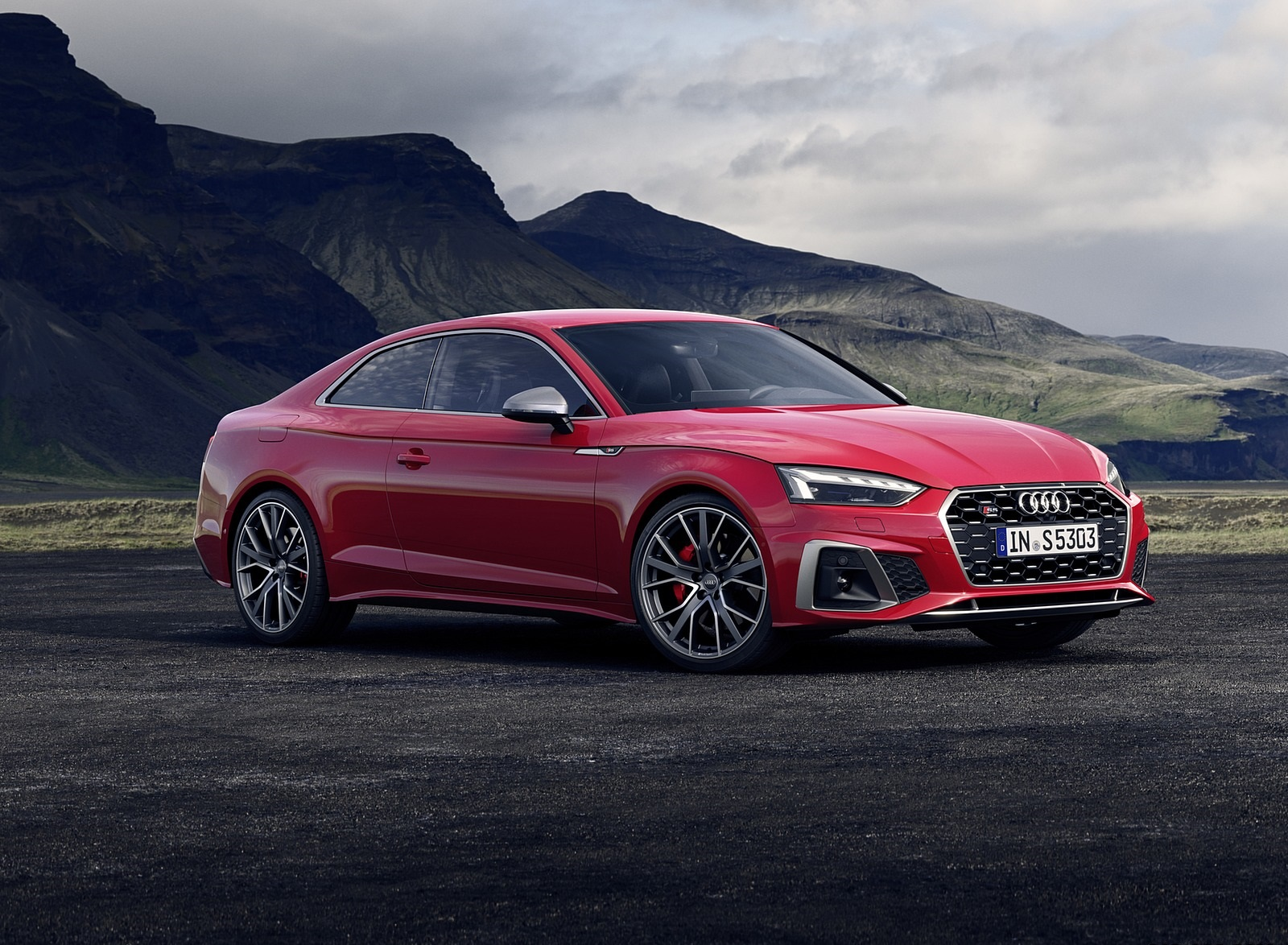 2020 Audi S5 Coupe TDI (Color: Tango Red) Front Three-Quarter Wallpapers (6)