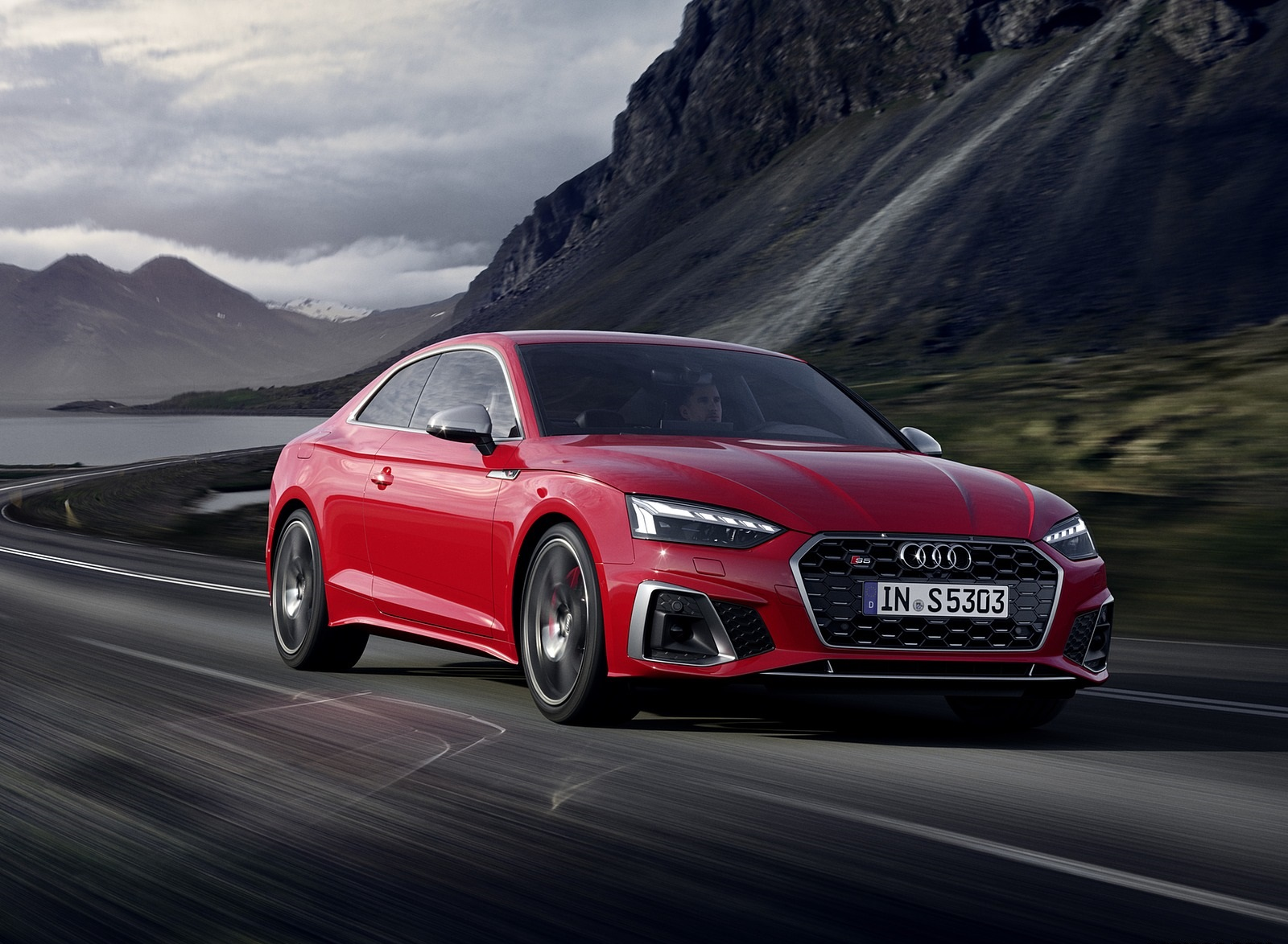2020 Audi S5 Coupe TDI (Color: Tango Red) Front Three-Quarter Wallpapers (2)