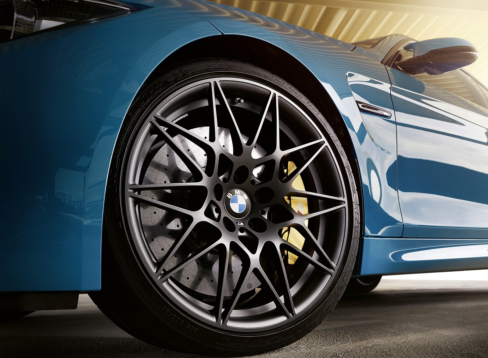 2020 BMW M4 Edition M Heritage Wheel Wallpapers (7)