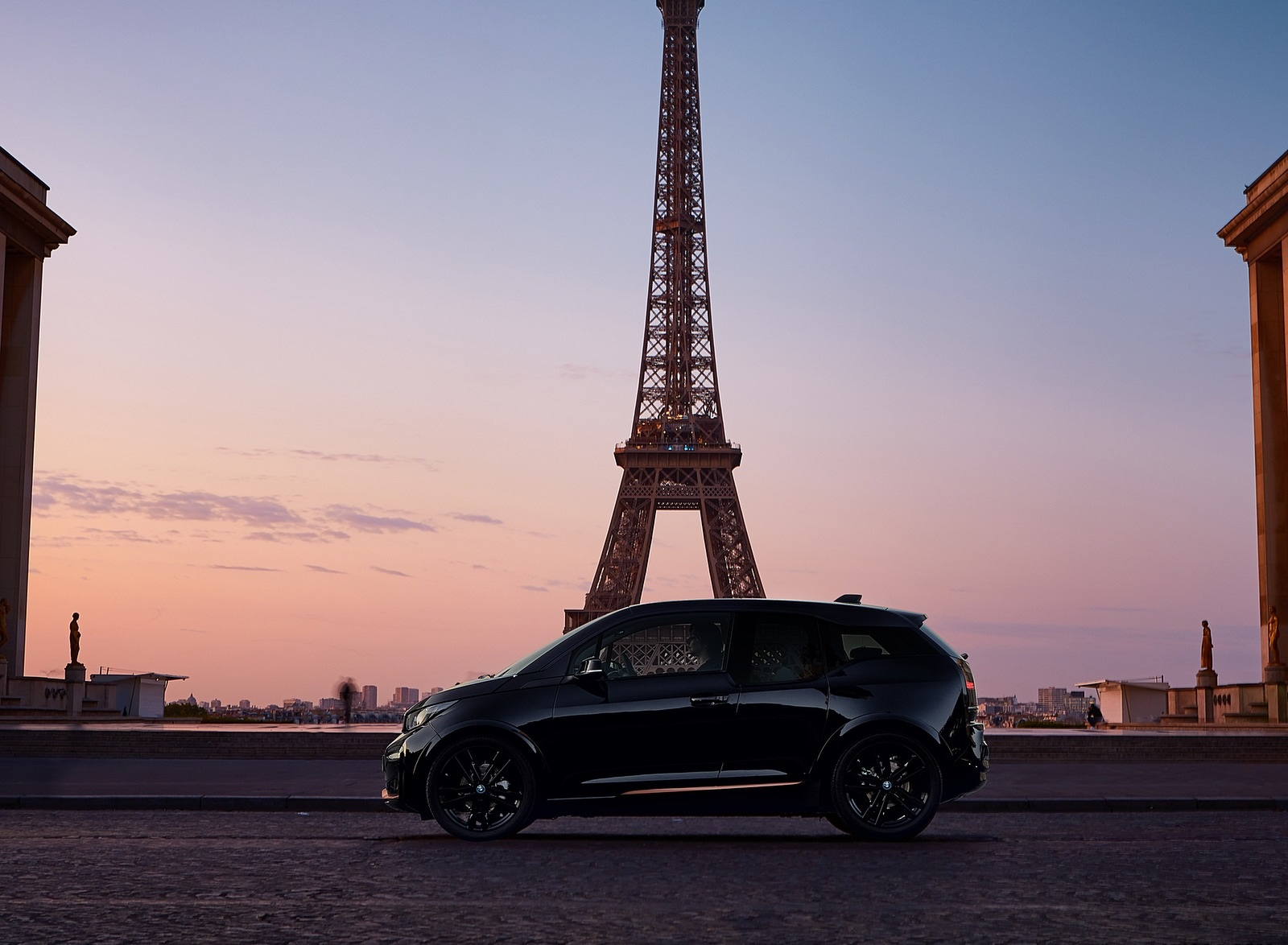 2020 BMW i3s Edition RoadStyle Side Wallpapers (3)