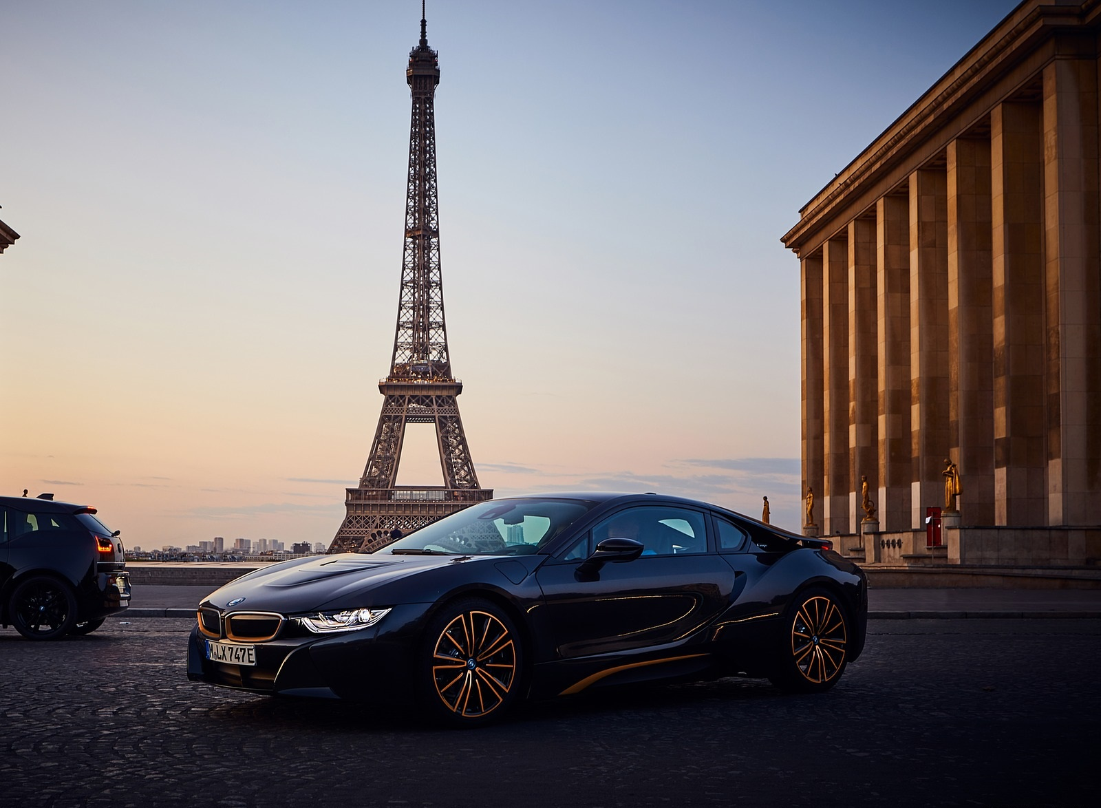2020 BMW i8 Ultimate Sophisto Edition Front Three-Quarter Wallpapers (3)