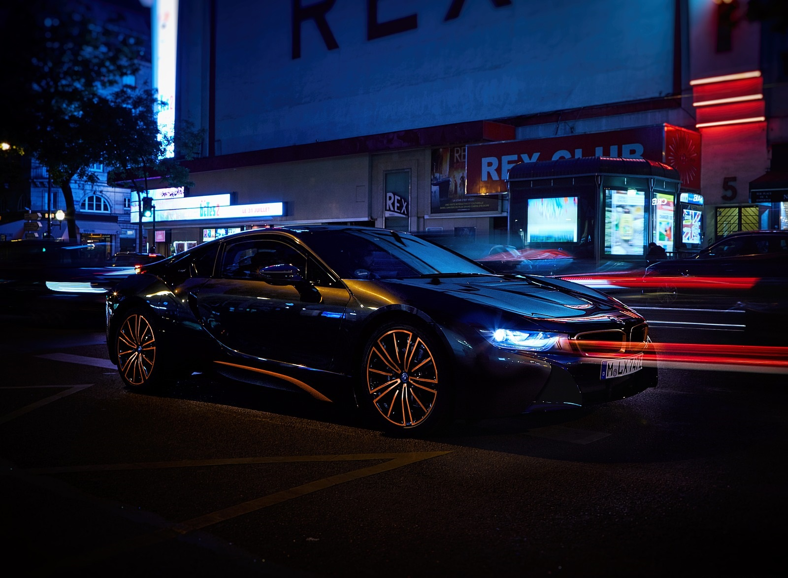 2020 BMW i8 Ultimate Sophisto Edition Front Three-Quarter Wallpapers (9)