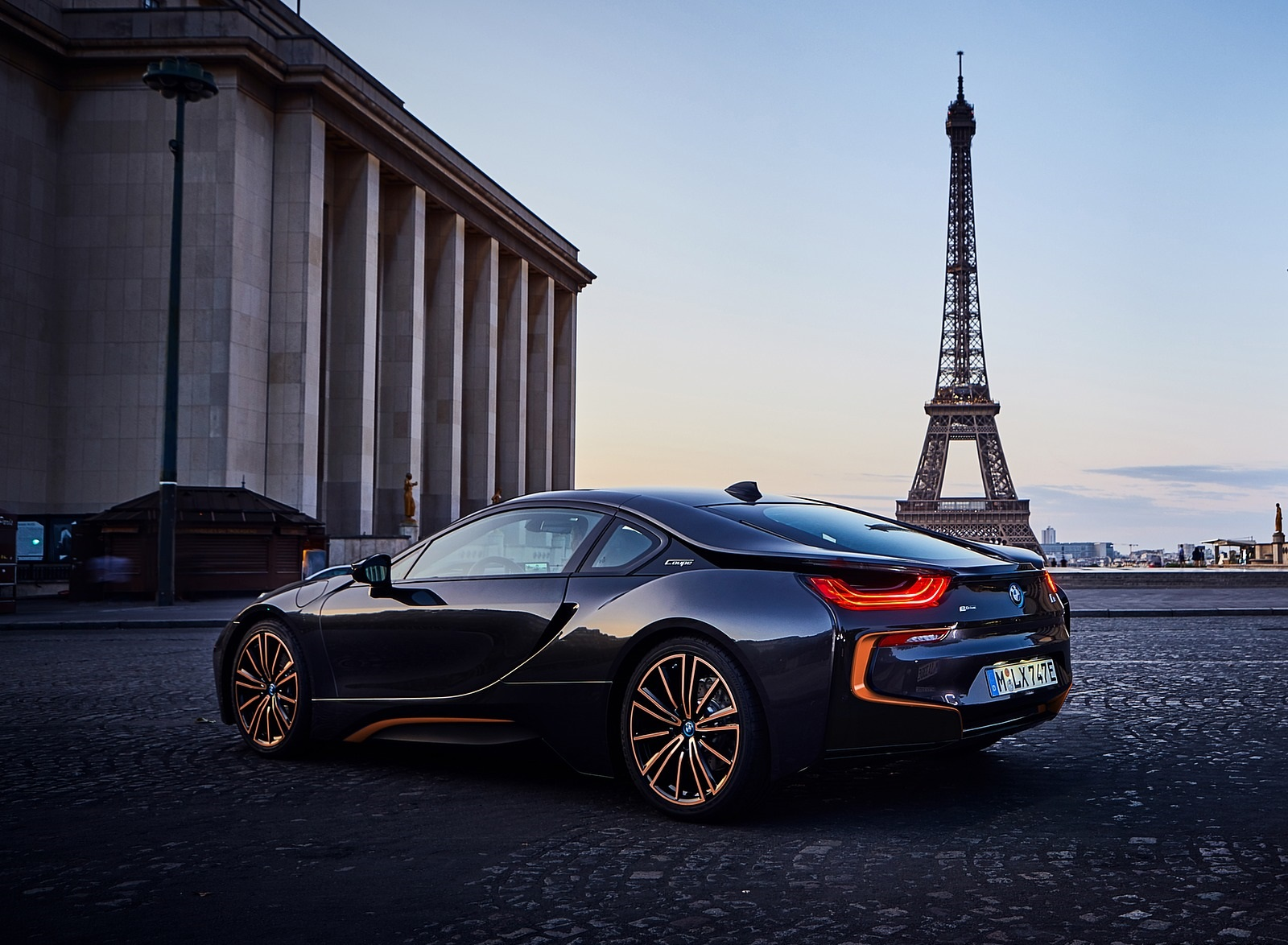 2020 BMW i8 Ultimate Sophisto Edition Rear Three-Quarter Wallpapers (5)