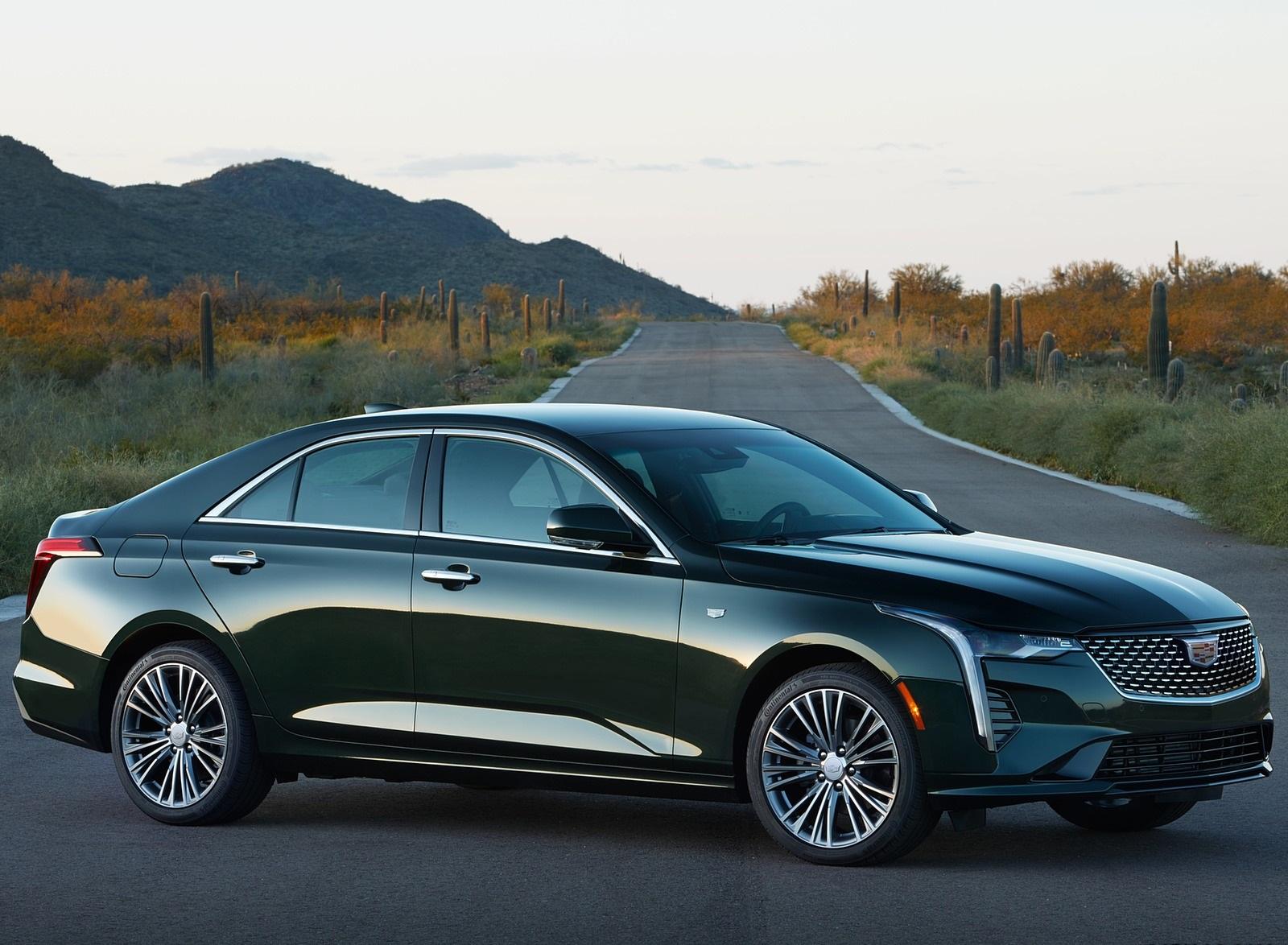 2020 Cadillac CT4 Premium Luxury Front Three-Quarter Wallpapers (8)