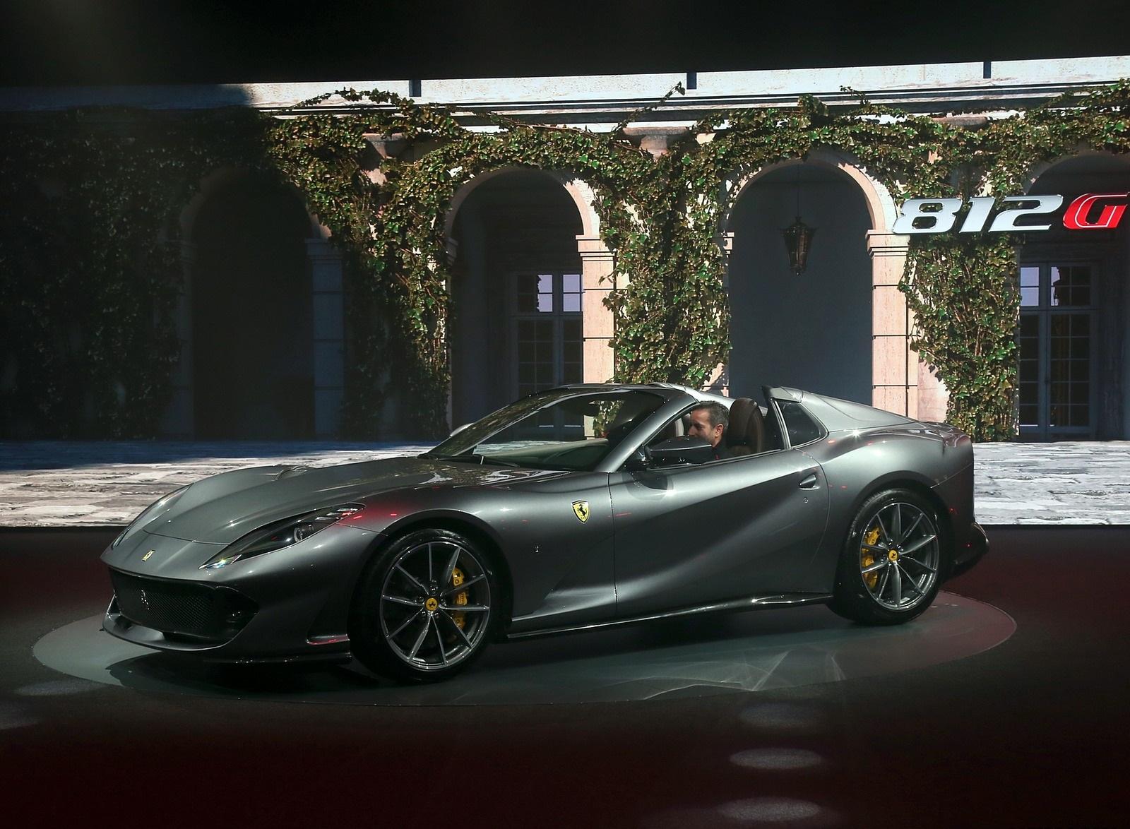 2020 Ferrari 812 GTS Presentation Wallpapers (12)