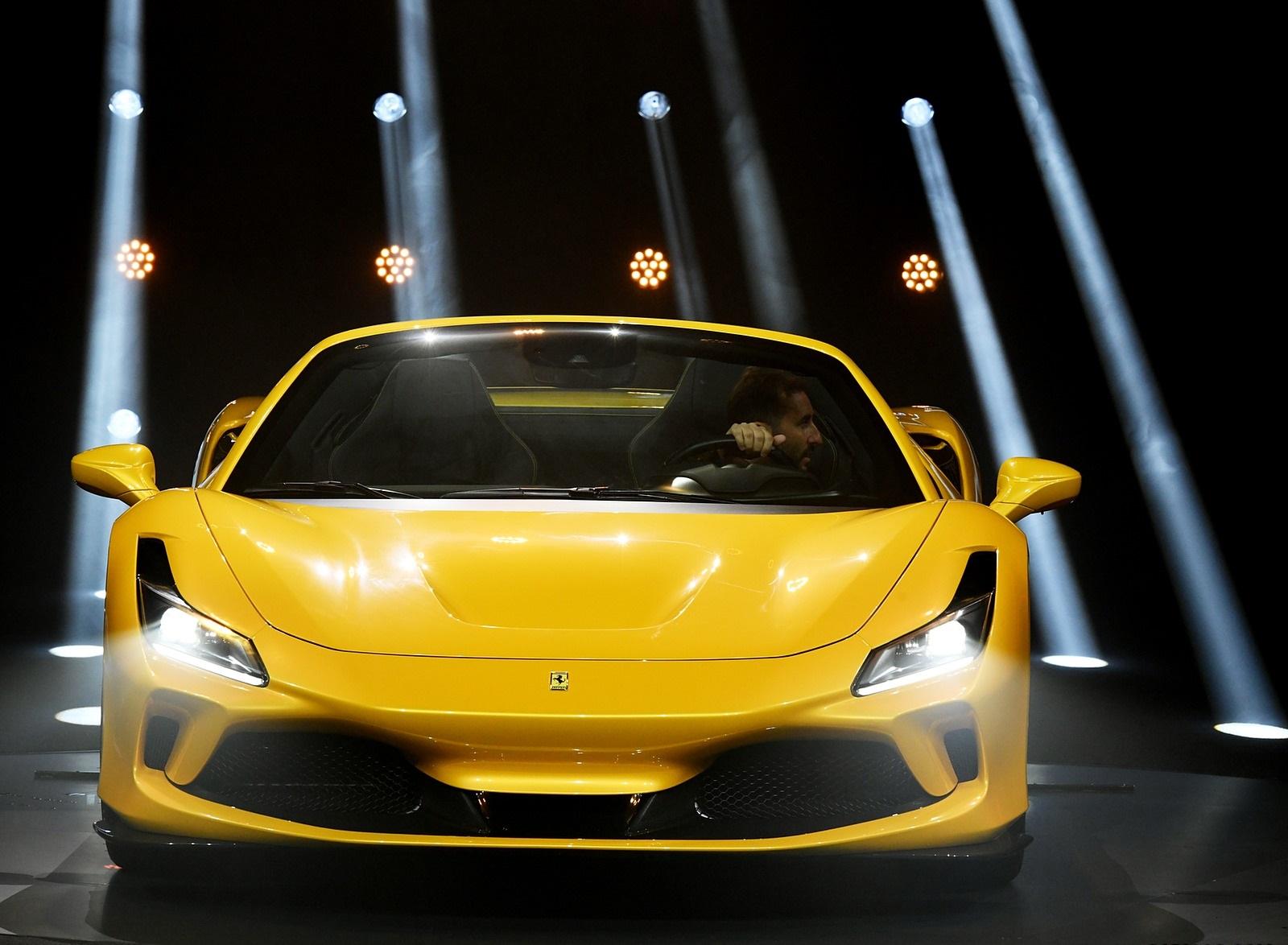 2020 Ferrari F8 Spider Presentation Wallpapers 15 Newcarcars