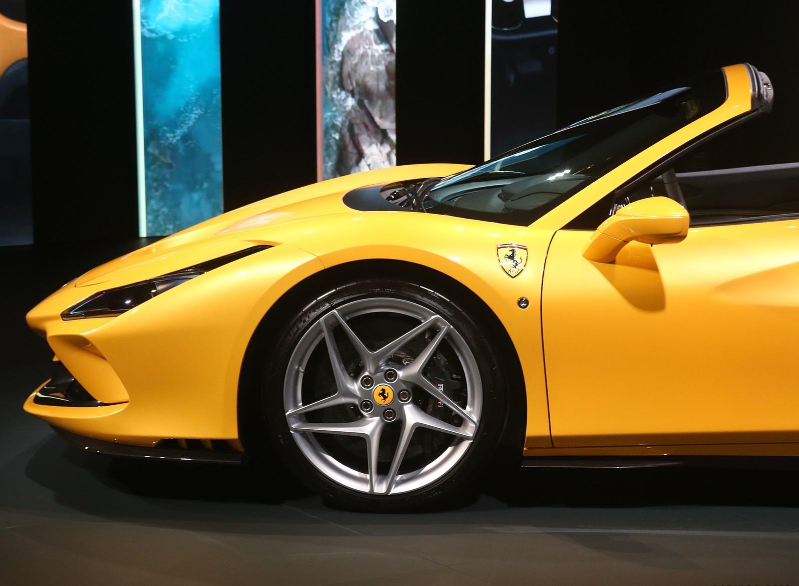 2020 Ferrari F8 Spider Presentation Wallpapers (14)