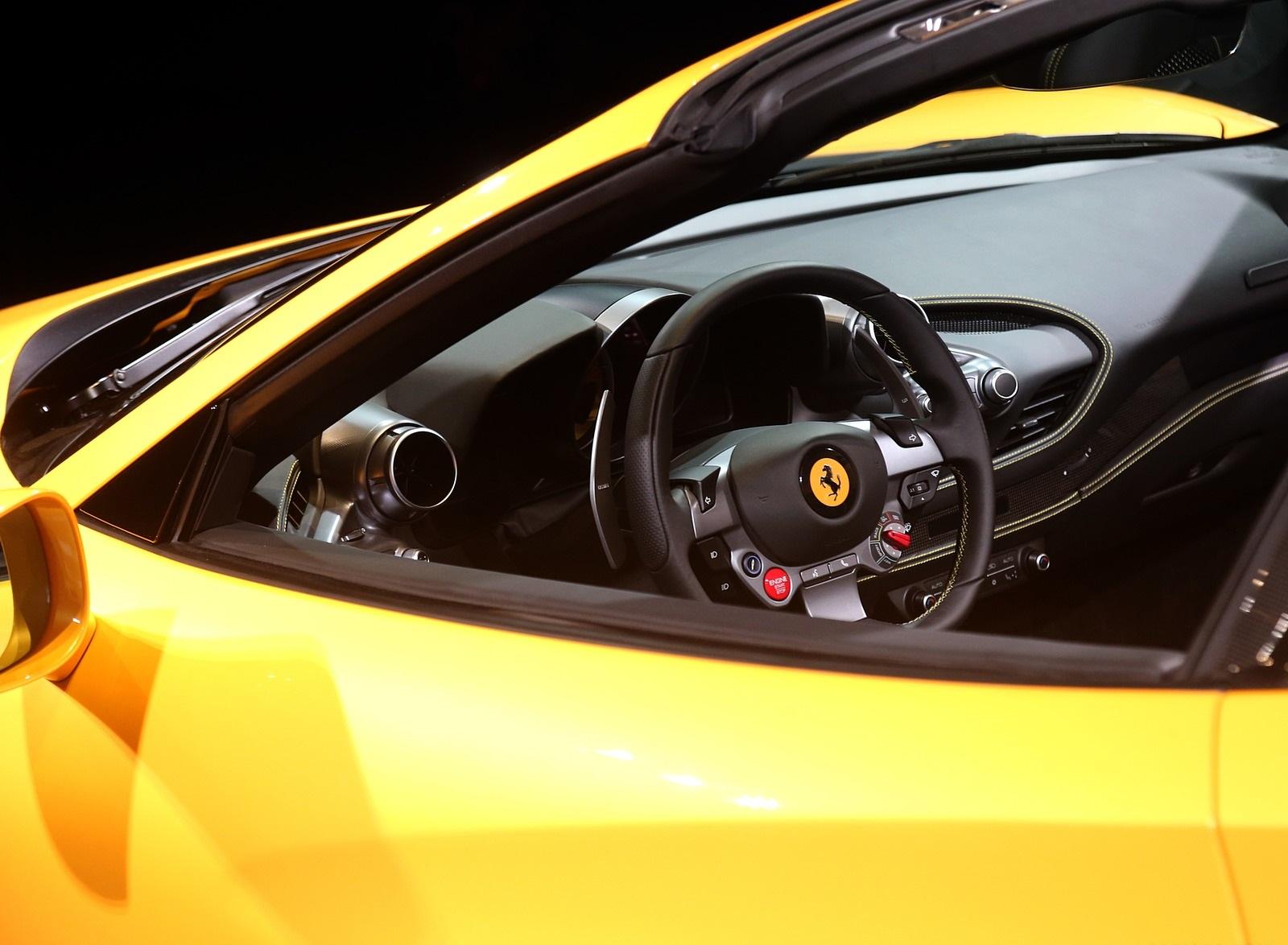 2020 Ferrari F8 Spider Presentation Wallpapers (13)