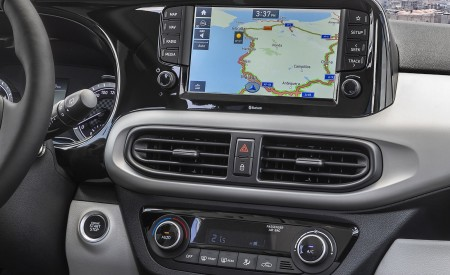 2020 Hyundai i10 Central Console Wallpapers 450x275 (78)