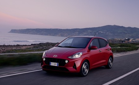 2020 Hyundai i10 Front Three-Quarter Wallpapers 450x275 (18)