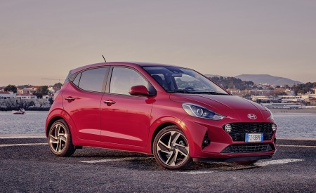 2020 Hyundai i10 Front Three-Quarter Wallpapers 450x275 (27)