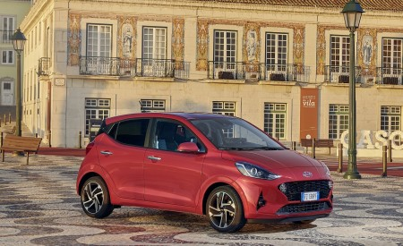 2020 Hyundai i10 Front Three-Quarter Wallpapers 450x275 (25)
