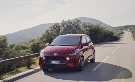 2020 Hyundai i10 Front Three-Quarter Wallpapers 450x275 (5)