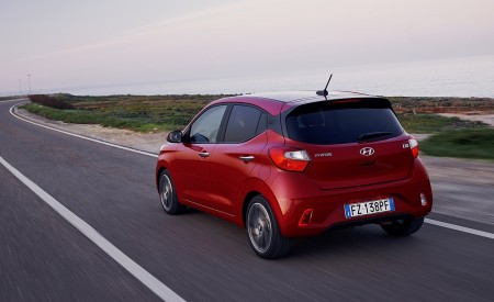 2020 Hyundai i10 Rear Three-Quarter Wallpapers 450x275 (7)