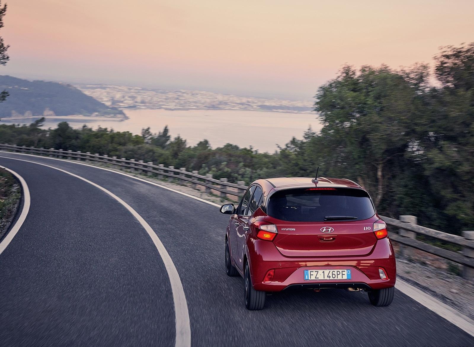2020 Hyundai i10 Rear Wallpapers (10)