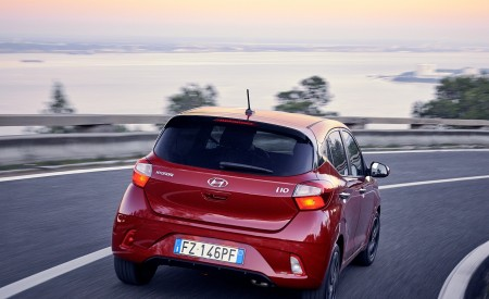 2020 Hyundai i10 Rear Wallpapers 450x275 (11)