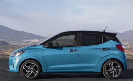 2020 Hyundai i10 Side Wallpapers 450x275 (60)