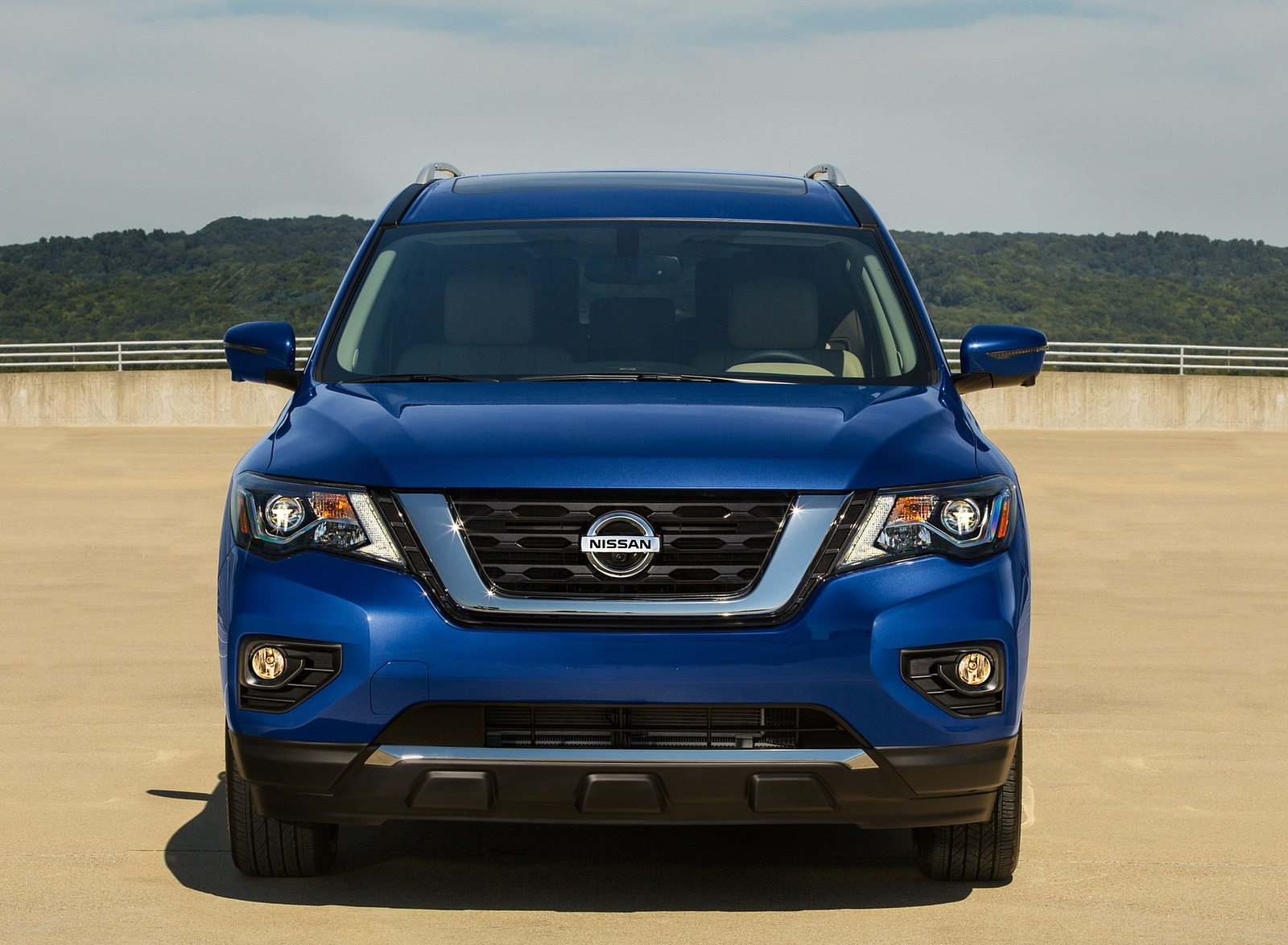 2020 Nissan Pathfinder Platinum 4WD Front Wallpapers (4)