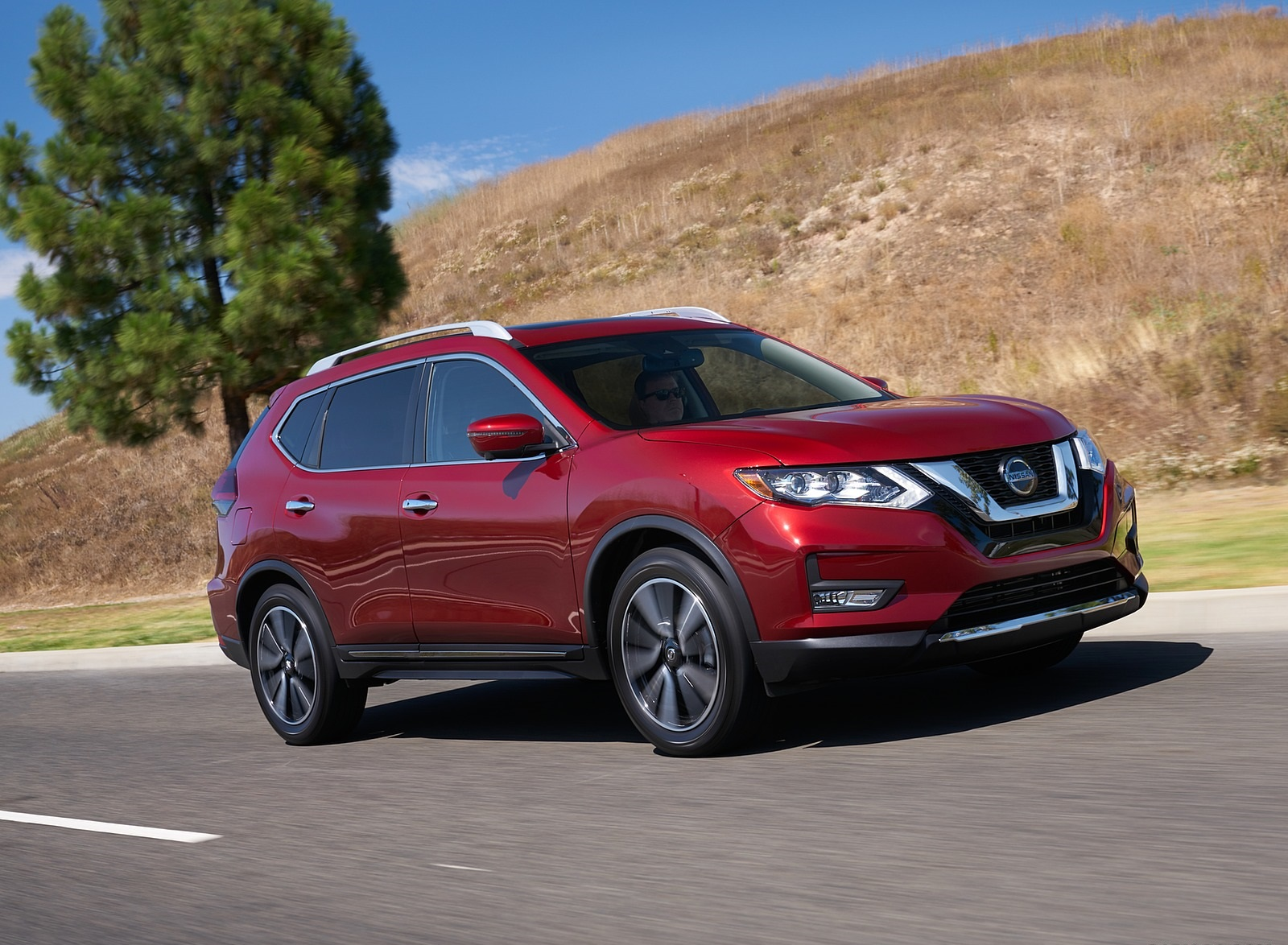 2020 Nissan Rogue Front Three-Quarter Wallpapers (2)