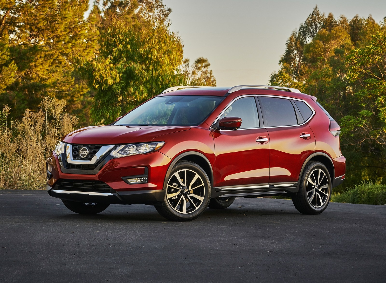 2020 Nissan Rogue Front Three-Quarter Wallpapers (10)