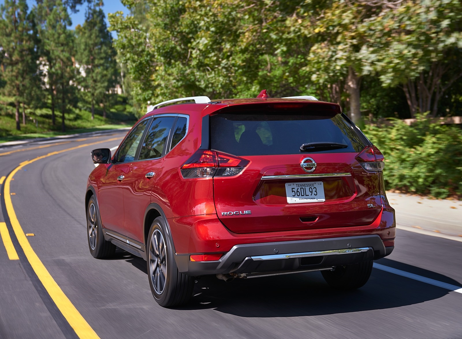 2020 Nissan Rogue Rear Three-Quarter Wallpapers (4)