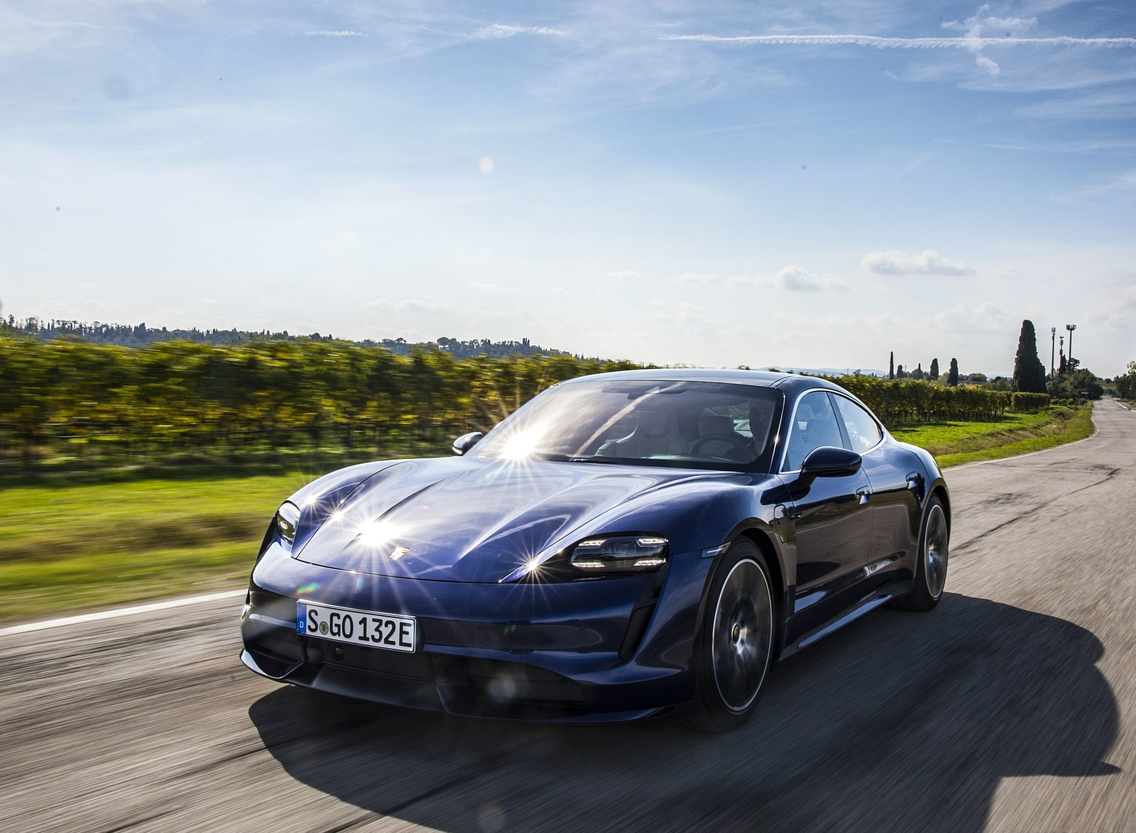 2020 Porsche Taycan Turbo (Color: Gentian Blue Metallic) Front Three-Quarter Wallpapers (3)