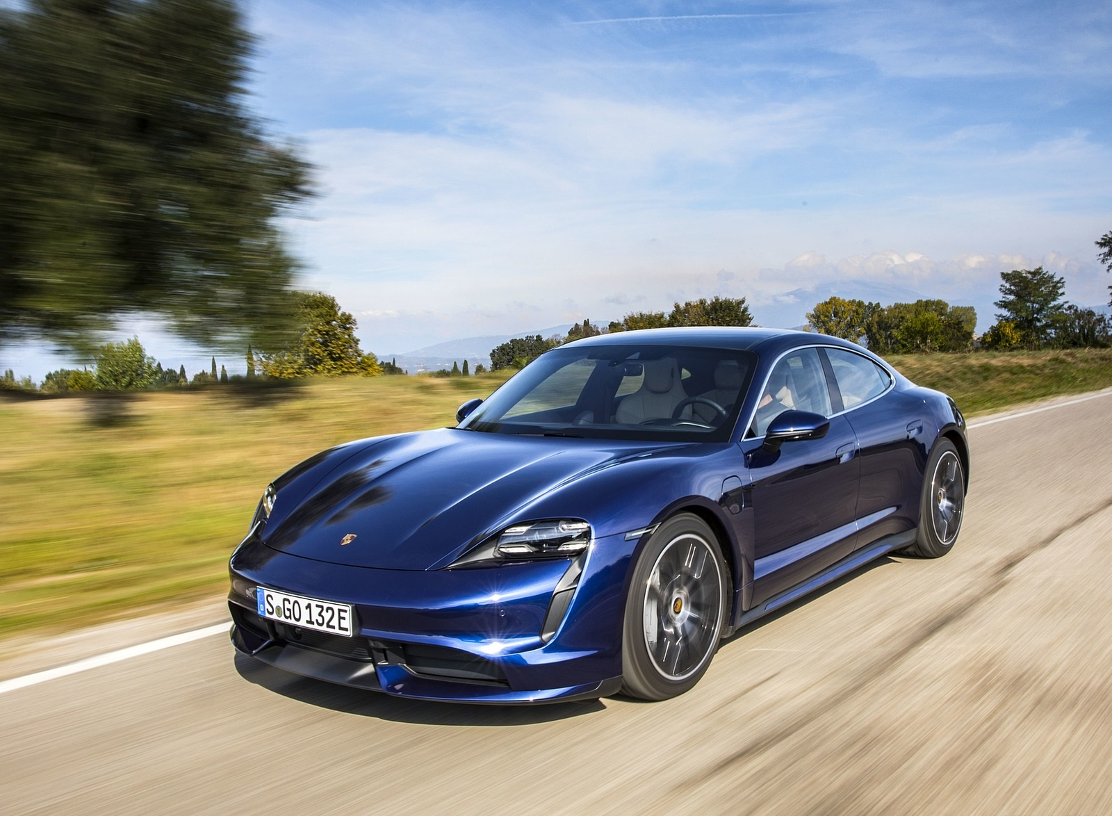 2020 Porsche Taycan Turbo (Color: Gentian Blue Metallic) Front Three-Quarter Wallpapers (4)