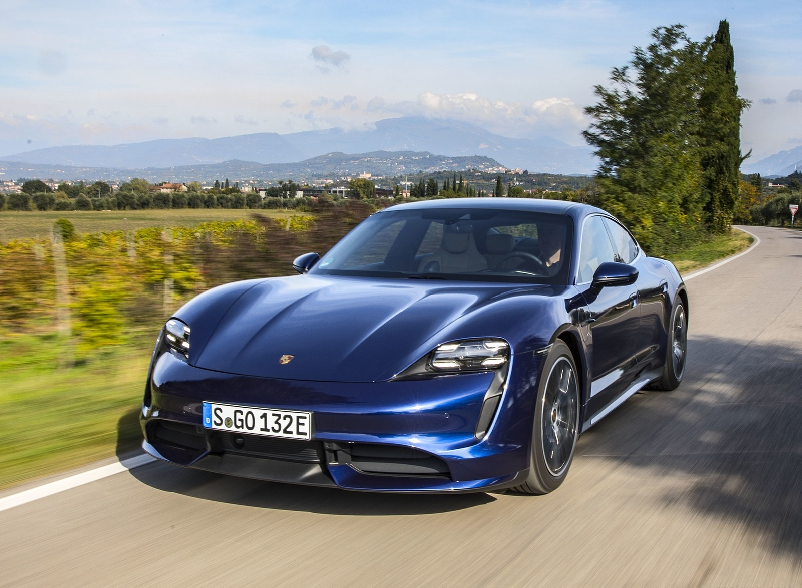 2020 Porsche Taycan Turbo (Color: Gentian Blue Metallic) Front Wallpapers (7)