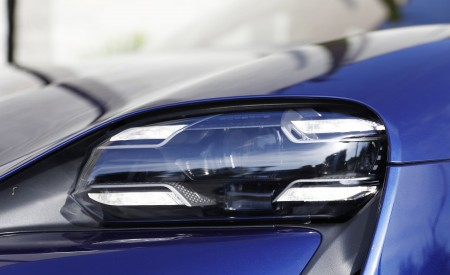 2020 Porsche Taycan Turbo (Color: Gentian Blue Metallic) Headlight Wallpapers 450x275 (15)