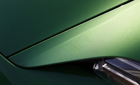 2020 Porsche Taycan Turbo (Color: Mamba Green Metallic) Detail Wallpapers 450x275 (35)