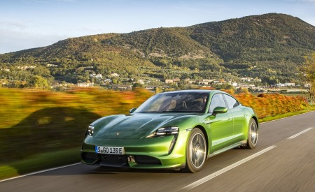 2020 Porsche Taycan Turbo (Color: Mamba Green Metallic) Front Three-Quarter Wallpapers 450x275 (17)