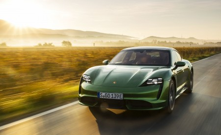 2020 Porsche Taycan Turbo (Color: Mamba Green Metallic) Front Three-Quarter Wallpapers 450x275 (20)