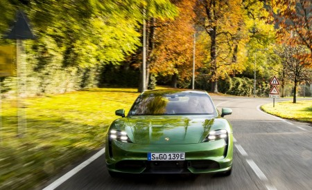 2020 Porsche Taycan Turbo (Color: Mamba Green Metallic) Front Wallpapers 450x275 (25)