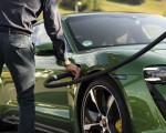 2020 Porsche Taycan Turbo S (Color: Mamba Green Metallic) Charging Wallpapers 150x120 (23)