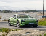 2020 Porsche Taycan Turbo S (Color: Mamba Green Metallic) Front Wallpapers 150x120 (13)