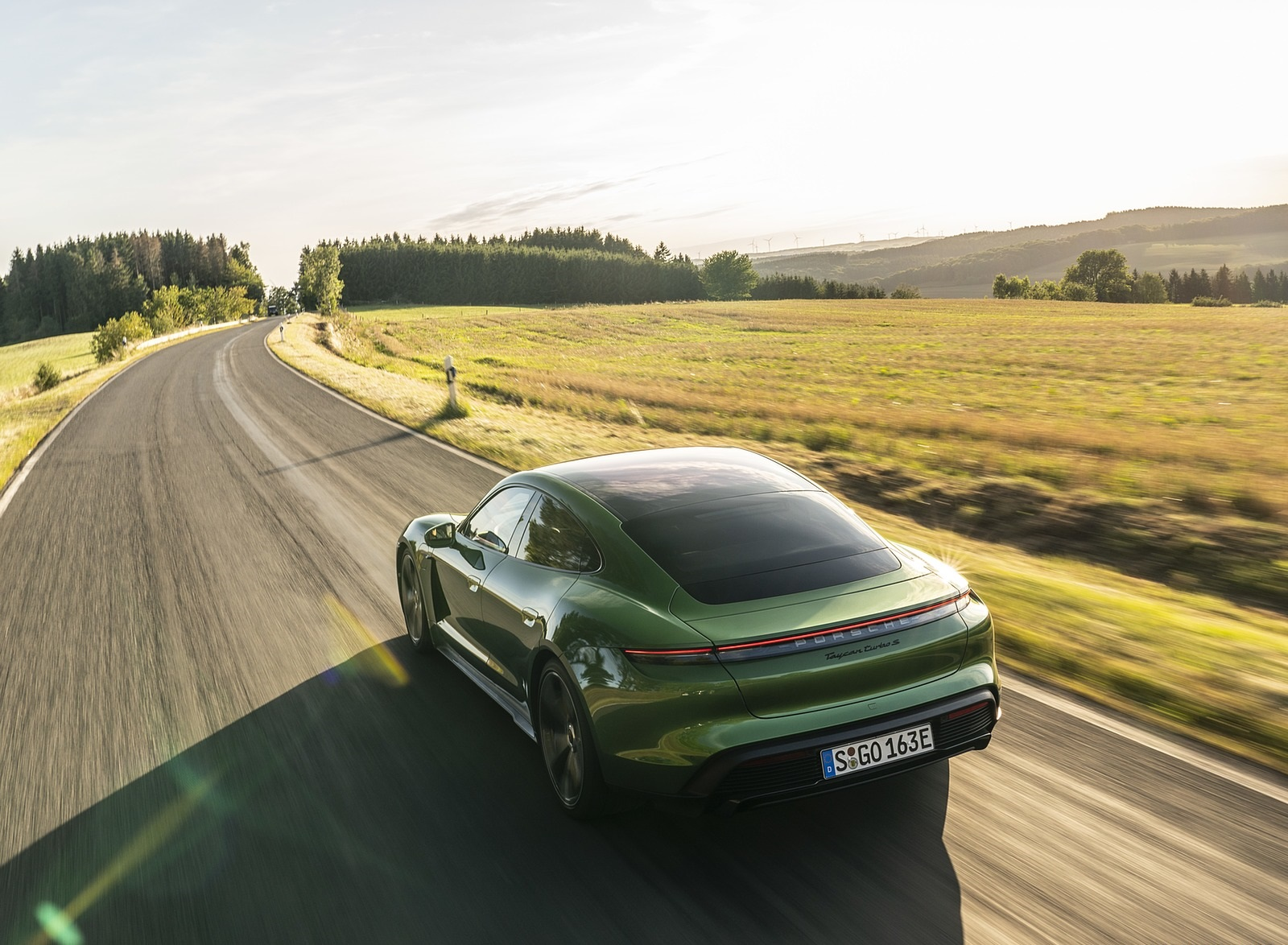 2020 Porsche Taycan Turbo S (Color: Mamba Green Metallic) Rear Three-Quarter Wallpapers (6)