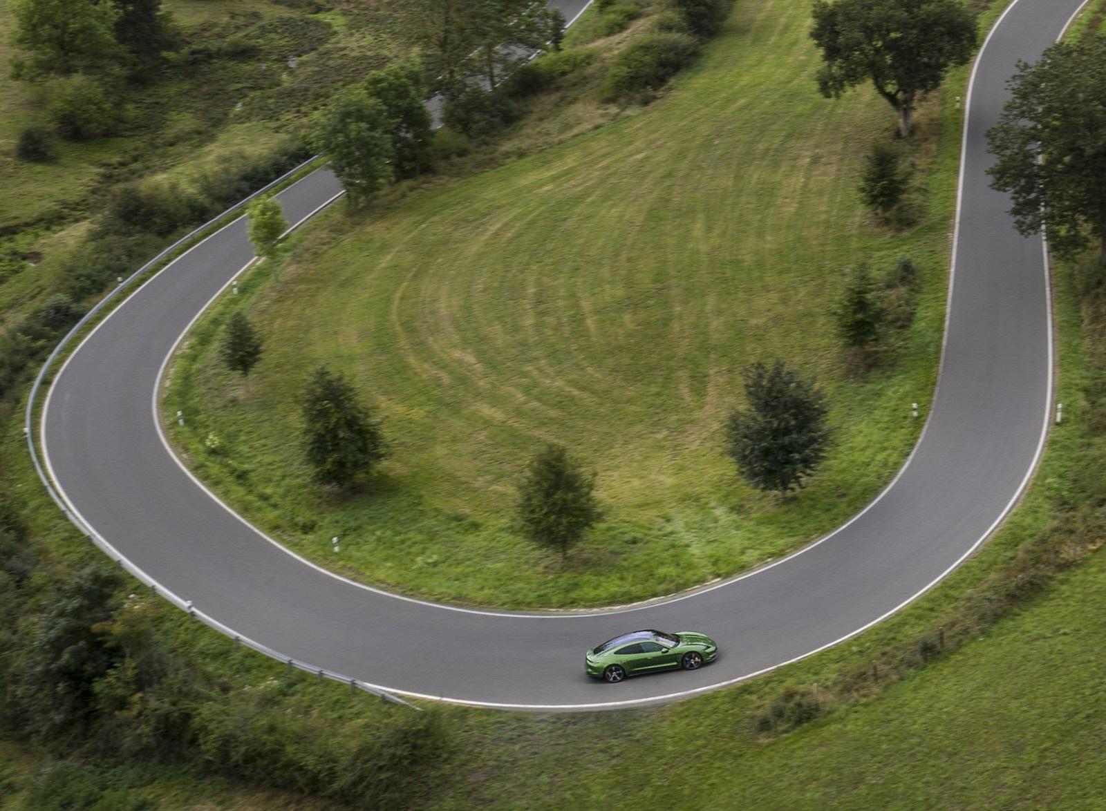 2020 Porsche Taycan Turbo S (Color: Mamba Green Metallic) Top Wallpapers (10)