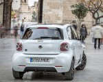 2020 Smart EQ ForFour Pulse Line (Color: Ice White) Rear Wallpapers 150x120 (28)
