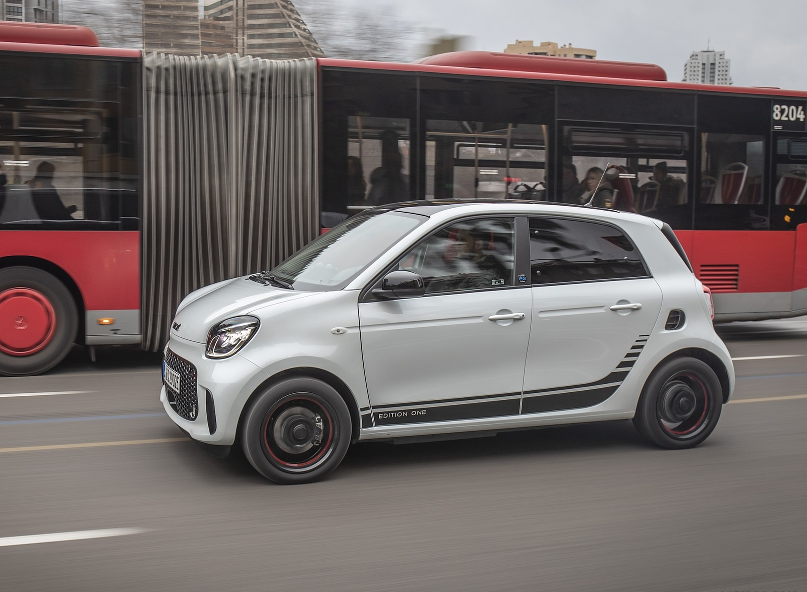 2020 Smart EQ ForFour Pulse Line (Color: Ice White) Side Wallpapers (10)