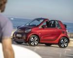 2020 Smart EQ ForTwo Cabrio Prime Line (Color: Carmine Red) Front Three-Quarter Wallpapers 150x120 (21)