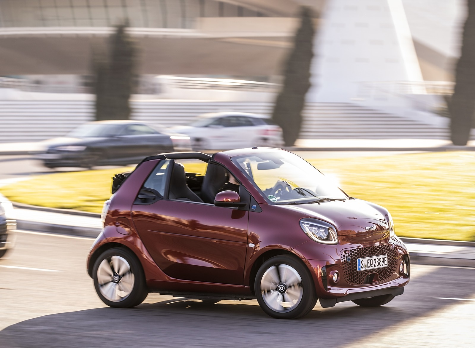 2020 Smart EQ ForTwo Cabrio Prime Line (Color: Carmine Red) Side Wallpapers (8)