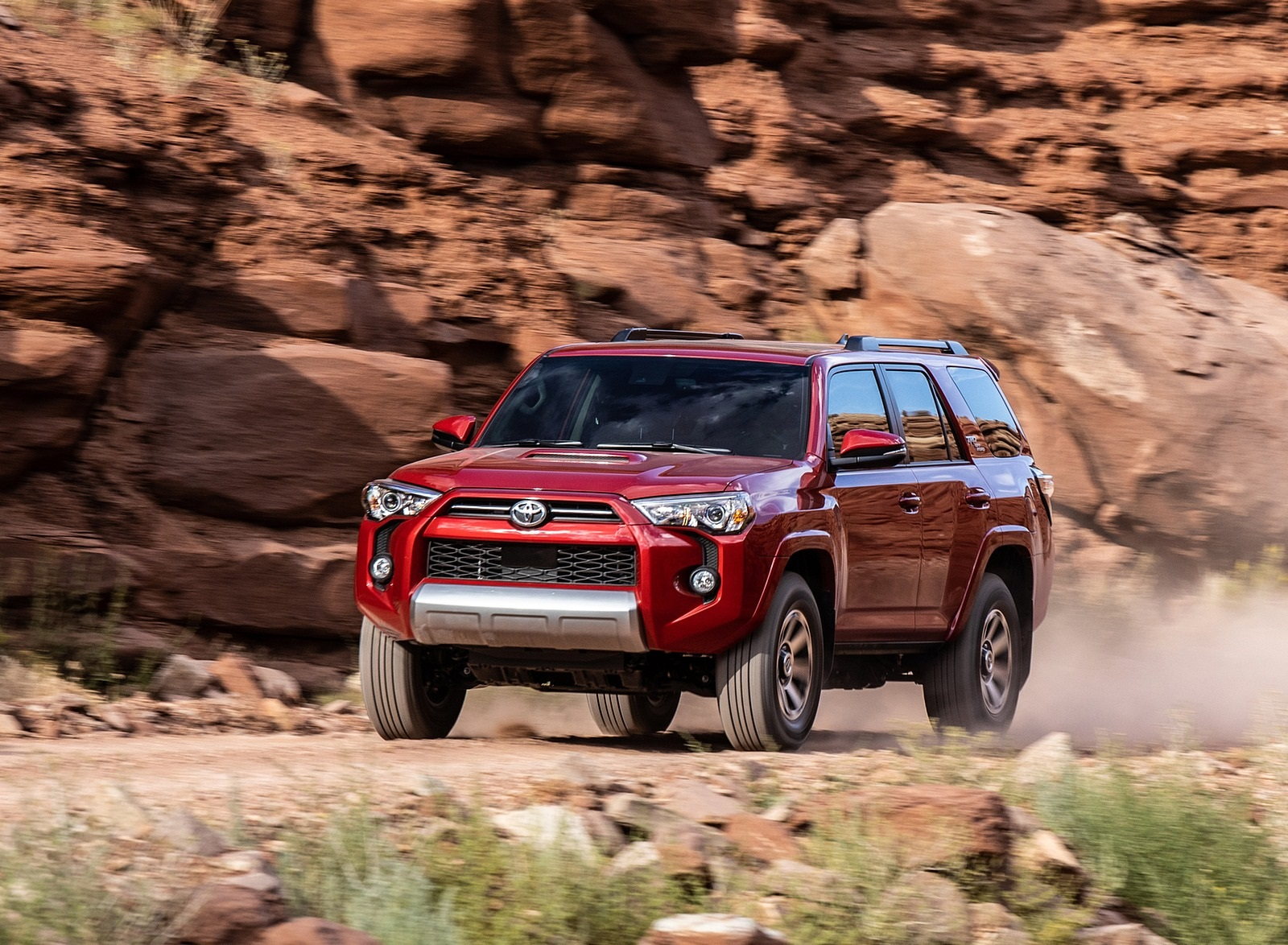 2020 Toyota 4Runner TRD Off-Road Front Three-Quarter Wallpapers (14)