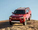 2020 Toyota 4Runner TRD Off-Road Front Wallpapers 150x120 (18)