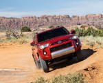 2020 Toyota 4Runner TRD Off-Road Front Wallpapers 150x120 (16)