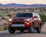 2020 Toyota 4Runner TRD Off-Road Front Wallpapers 150x120 (17)