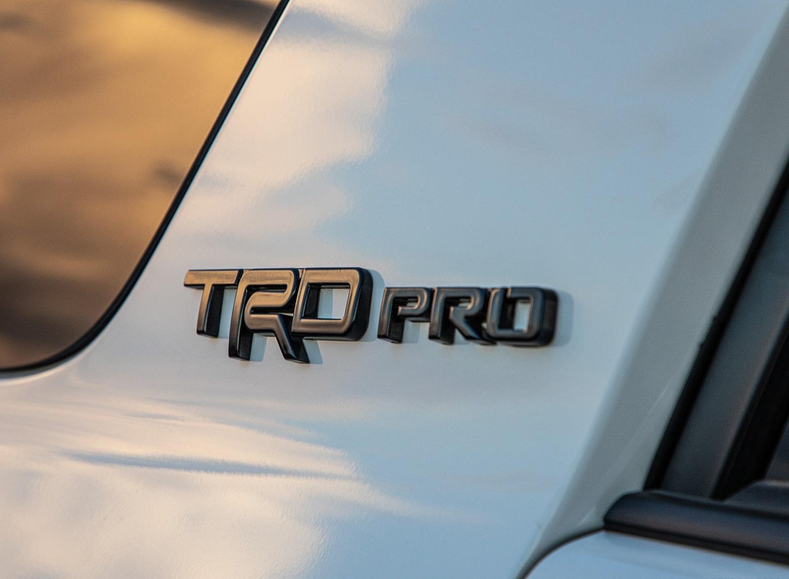 2020 Toyota 4Runner TRD Pro Badge Wallpapers (9)