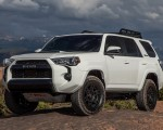 2020 Toyota 4Runner TRD Pro Front Three-Quarter Wallpapers 150x120 (8)