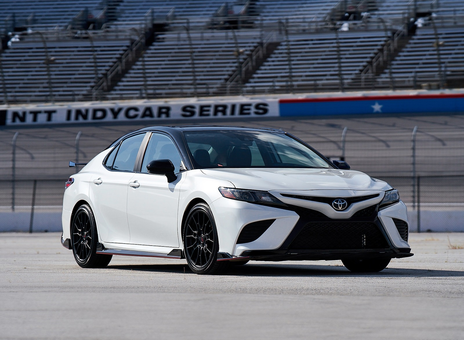 2020 Toyota Camry TRD Front Three-Quarter Wallpapers (5)