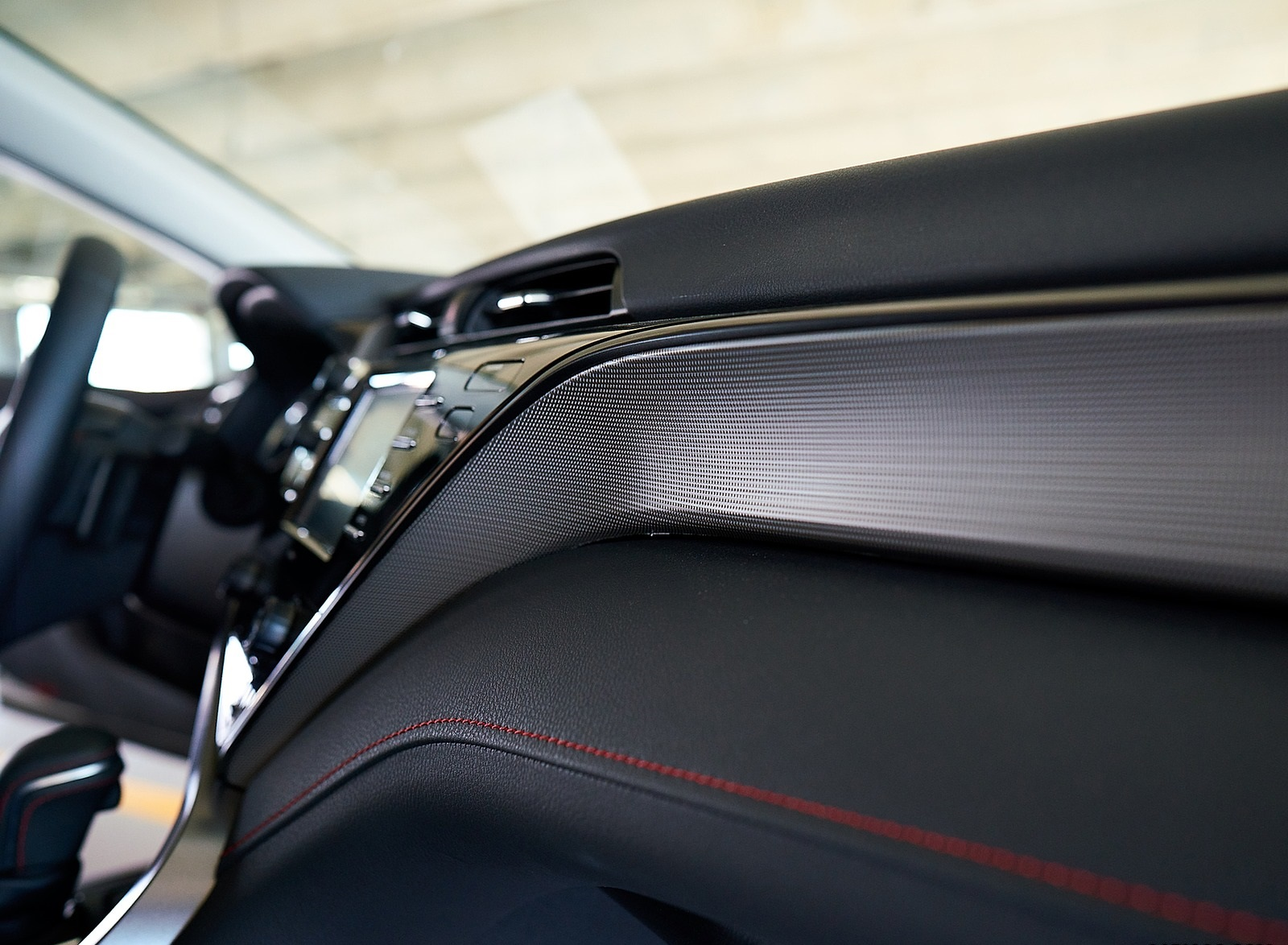 2020 Toyota Camry TRD Interior Detail Wallpapers (10)