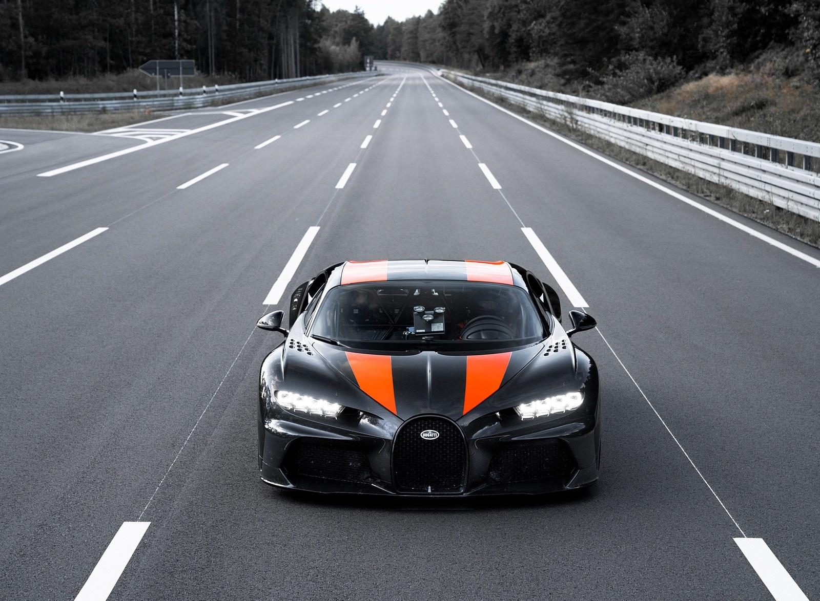 2021 Bugatti Chiron Super Sport 300+ Front Wallpapers (5)